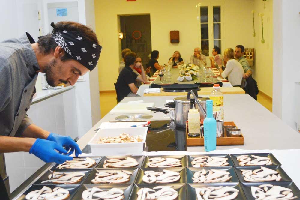 Talleres de cocina sevilla particulares y empresas k k atelier gastron mico - Taller de cocina sevilla ...